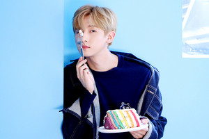 [STARCAST] Scenes full of sweetness and softness from MONSTA X's 2018 Season's Greetings