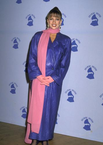 Vanessa Williams achtergrond entitled 1989 Grammy Awards