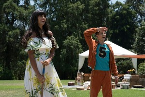2x08 - Derek - Tahani and Jason