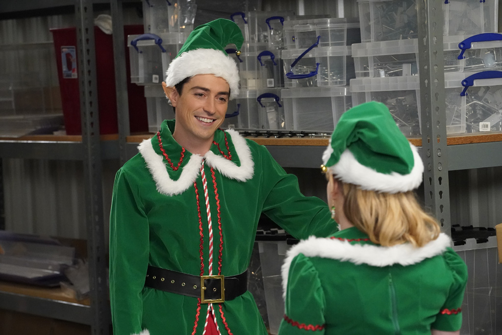 Superstore images 3x07 - Christmas Eve - Jonah and Kelly HD wallpaper and background photos