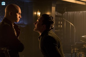 4x11 - queen Takes Knight - Zsasz and Oswald