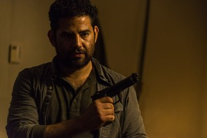 8x03 ~ Monsters ~ Morales
