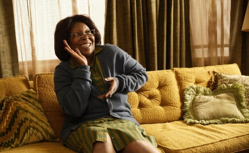 Whoopi Goldberg wallpaper entitled A Day Late and a Dollar Short