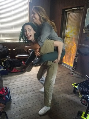 Amy Acker and Emma Dumont