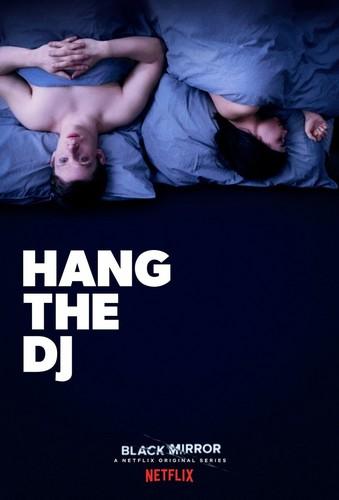 """Black Mirror karatasi la kupamba ukuta entitled Black Mirror """"Hang The DJ"""" Season 4 Poster"""