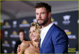 Chris and wife Elsa at Thor Ragnarok premiere