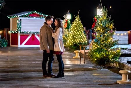 Christmas In Angel Falls.Christmas In Angel Falls Hallmark Movies Photo 40840802