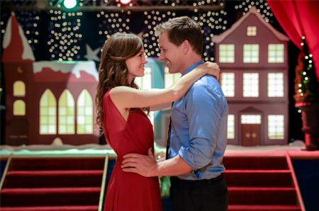 Christmas In Angel Falls.Christmas In Angel Falls Hallmark Movies Photo 40840806