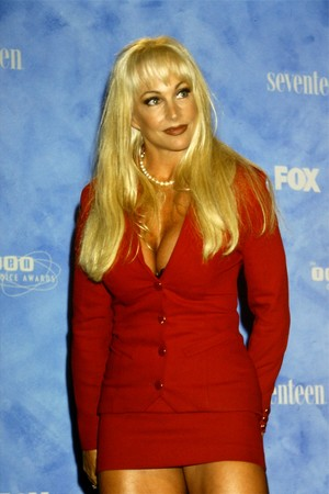 Debra @ Teen Choice Awards 1999