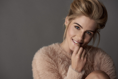 Emily Bett Rickards fond d'écran called Emily Bett Rickards for Vulkan Magazine