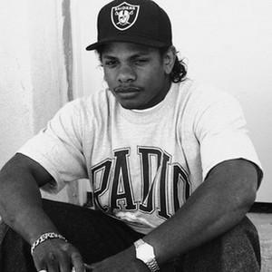 Eric Lynn Wright /Eazy-E