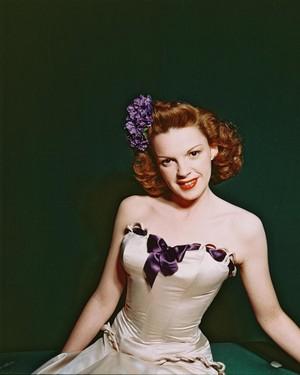 Frances Ethel Gumm-judy garland(1922-1969)