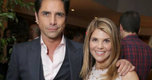Fuller House Aunt BEcky Uncle Jesse Lori Loughlin kids twins reboot Full House