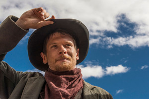 Jack O'Connell in Godless