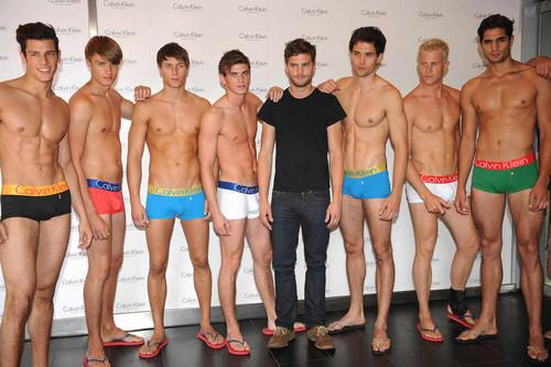 pria cantik wallpaper called Jamie Dornan & Calvin Klein Male model