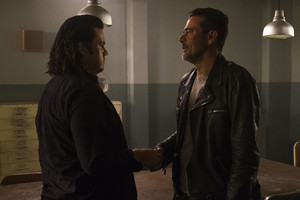 Jeffrey Dean morgan as Negan in 8x07 'Time For After'