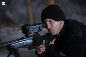 Jon Bernthal as Frank 城 in The Punisher