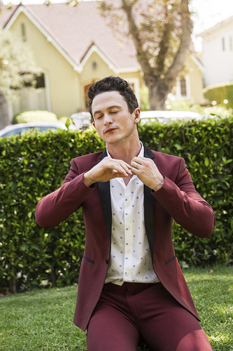 Jonathan Tucker wallpaper titled Jonathan Tucker - LadyGunn Photoshoot - 2016