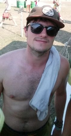 Crazy Hutchers Images Josh Hutcherson Shirtless Wallpaper And Background  Photos