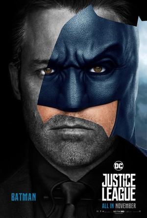 Justice League (2017) Poster - Ben Affleck as बैटमैन