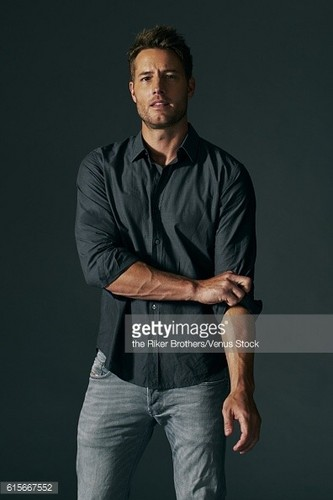 Justin Hartley Hintergrund entitled Justin 2017 Photoshoot