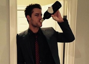 Justin Hartley Champagne