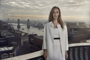 Kim Raver as Audrey Rains - Live Another день