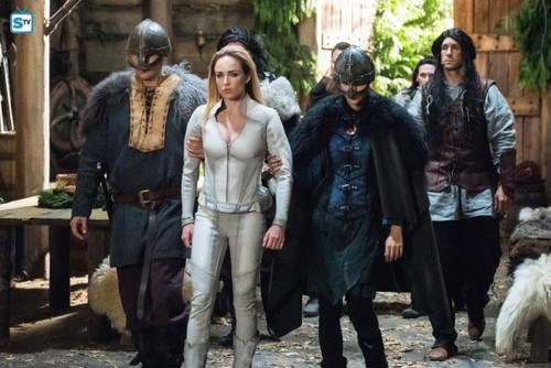 DC's Legends of Tomorrow fondo de pantalla called Legends of Tomorrow - Episode 3.09 - Beebo the God of War - Promo Pics