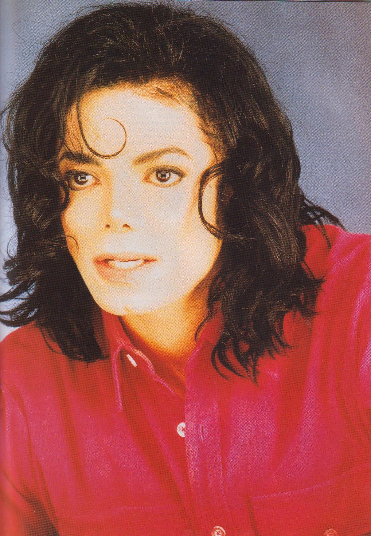 Michael Jackson - HQ Scan - Pink shirt