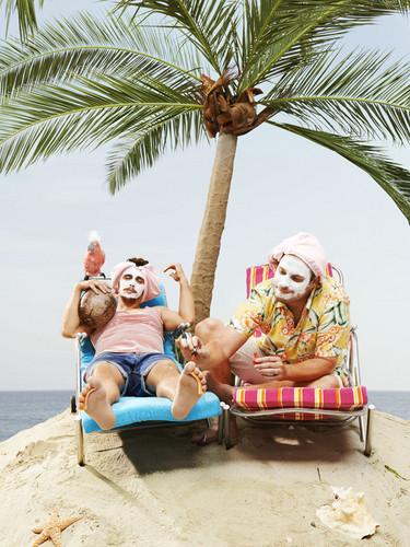 Seth Rogen Hintergrund entitled Seth Rogen and James Franco - Complex Photoshoot - 2013