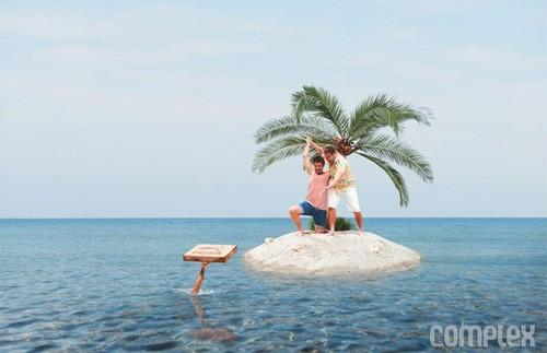 Seth Rogen Hintergrund called Seth Rogen and James Franco - Complex Photoshoot - 2013