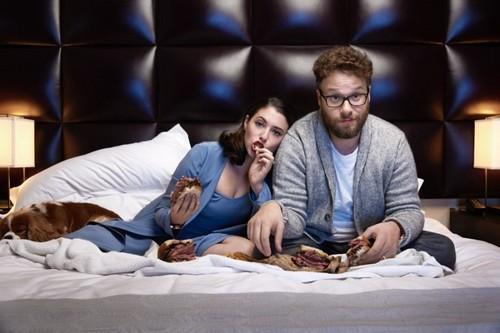 Seth Rogen Hintergrund called Seth Rogen and Lauren Miller - Haute Living Photoshoot - 2015