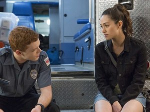 """Shameless """"Icarus Fell and Rusty Ate Him"""" (8x06) promotional picture"""