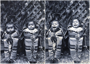 The Cayuse Twins (1898) 写真 によって Thomas Leander Moorhouse (1850-1926)