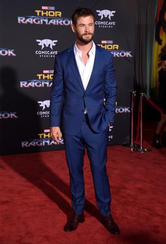 Thor: Ragnarok achtergrond called Thor Ragnarok premiere