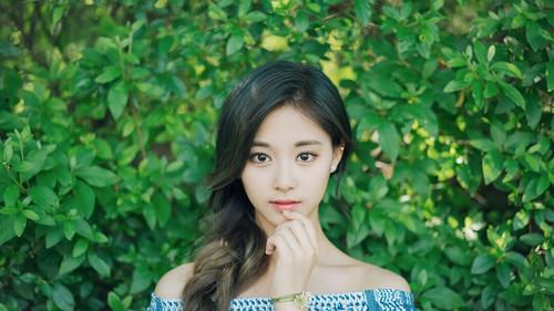 Twice (JYP Ent) achtergrond called Tzuyu 3