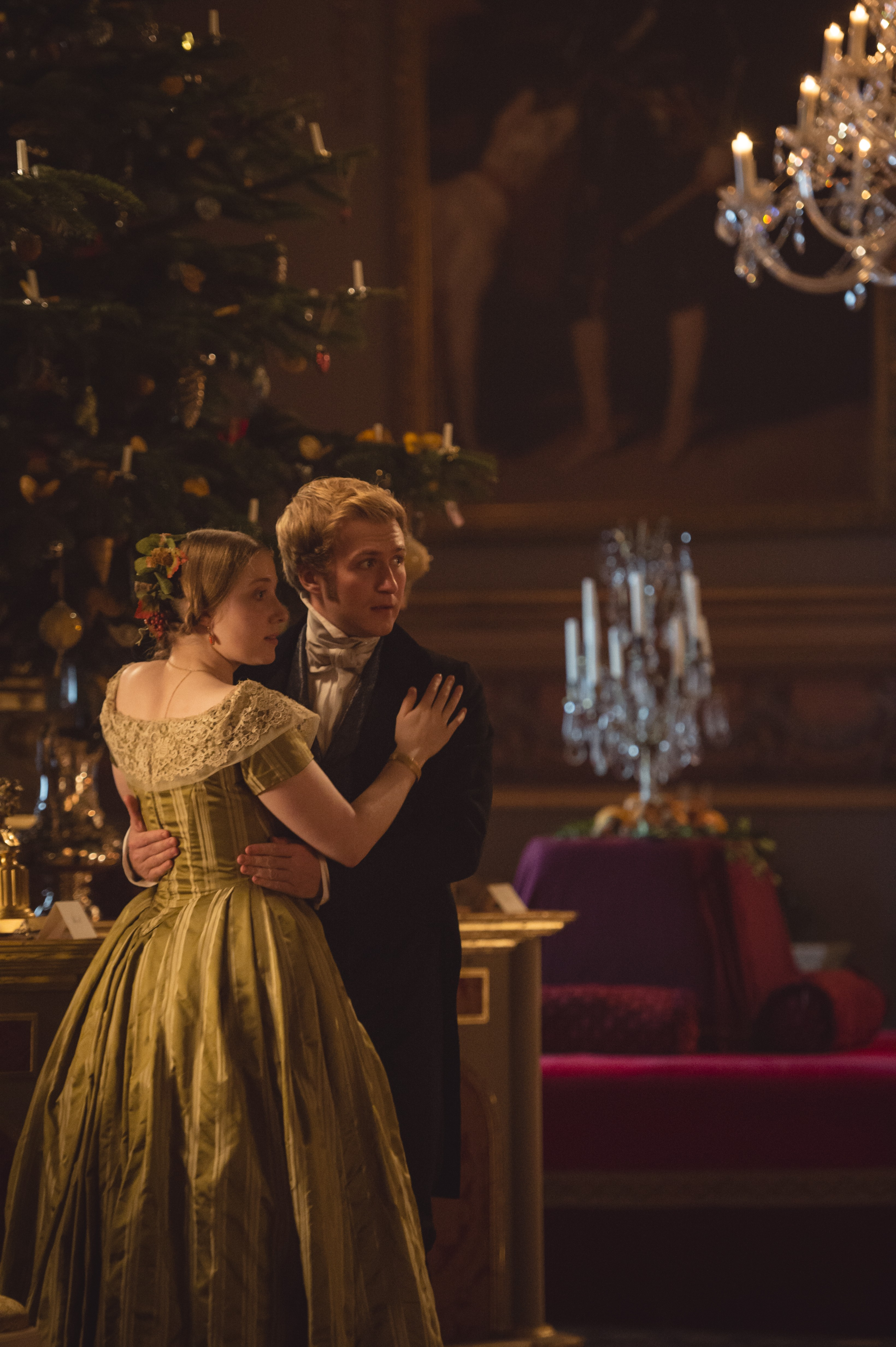Victoria Christmas Special.Victoria Comfort And Joy Christmas Special 2x09