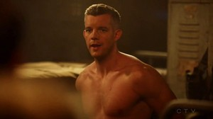 Wentworth Miller and Russell Tovey share a Kiss on The Flash
