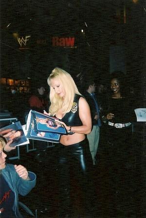 Wrestlemania Access 2002 rare candid