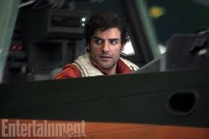 exclusive चित्रो of The Last Jedi from EW magazine