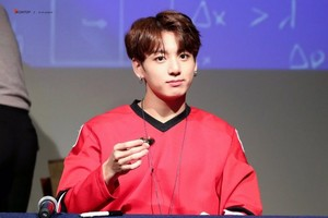jungkook anh dna 防弾少年団 768x512