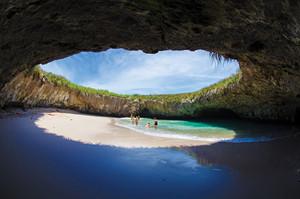 playa del amor mexico