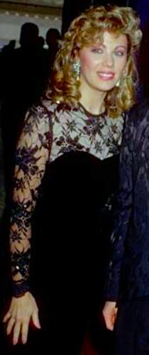 The Debra Glenn Osmond fan Page achtergrond titled Debbie Osmond