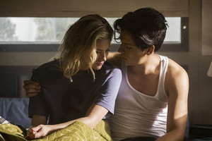 2x07 'Tales From The Darkside' Promotional fotografia