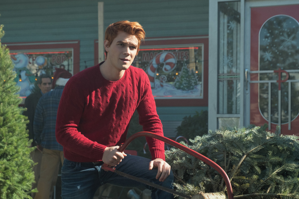 2x09 'Silent Night, Deadly Night' Promotional Photo