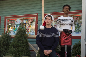 2x09 'Silent Night, Deadly Night' Promotional fotografia