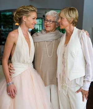 Ellen Her mom and Portia