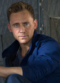 Tom is Kong - tom-hiddleston photo