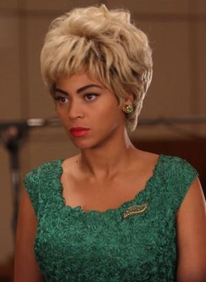 Beyoncé As Etta James