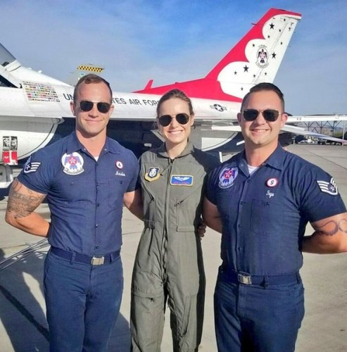 Marvel's Captain Marvel Обои entitled Brie Larson at Nellis Air Force Base